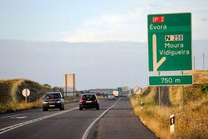 Estrada e sinalização em Portugal