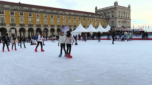 Pista de gelo no Terreiro do Paço em Lisboa