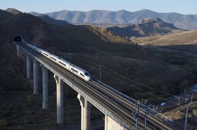 Viagem de trem em Portugal