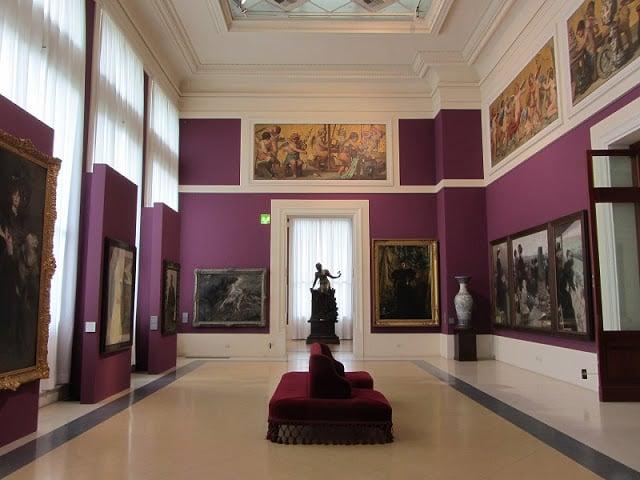 Informações do Museu de Arte Moderna em Sintra