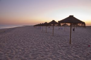 Praia Deserta em Faro