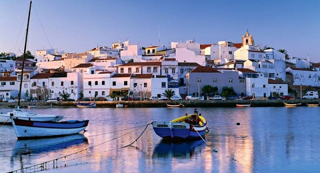 Como ir do aeroporto do Algarve até o centro turístico