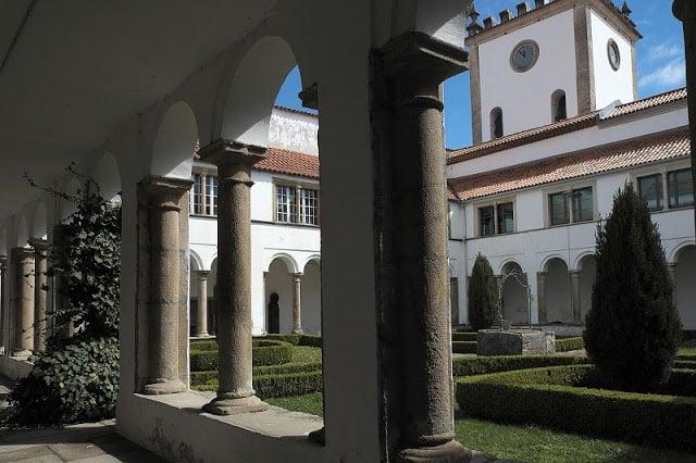 Claustro da Sé Velha de Bragança
