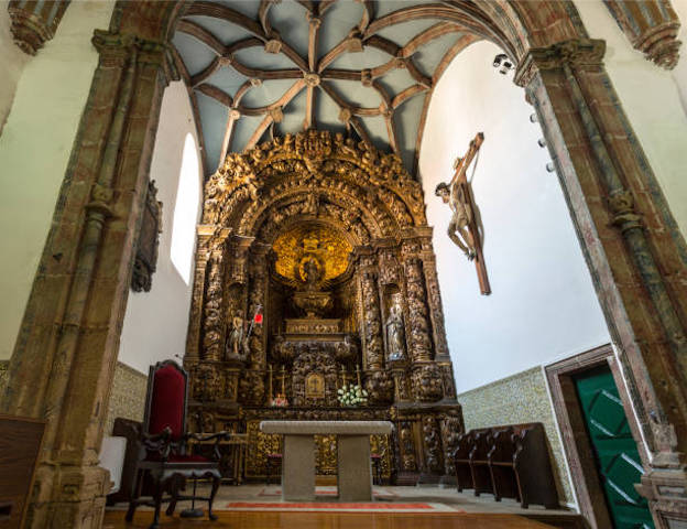 Interior da Sé Velha de Bragança