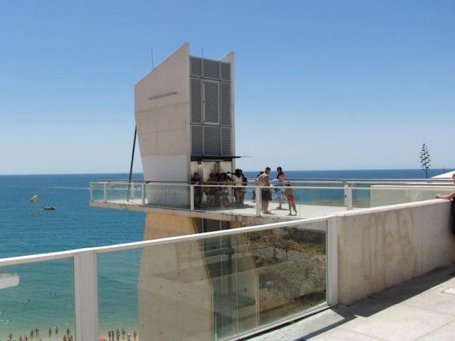 Elevador para a Praia do Túnel