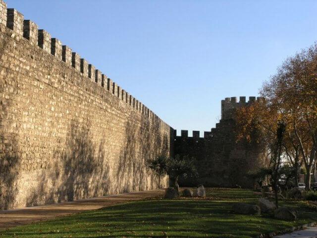 Muralhas de Évora em Évora