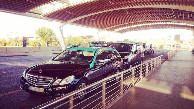 Táxi do aeroporto de Faro até o centro