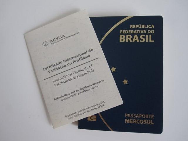 Vacinas e certificado de vacinação para Lisboa e Portugal