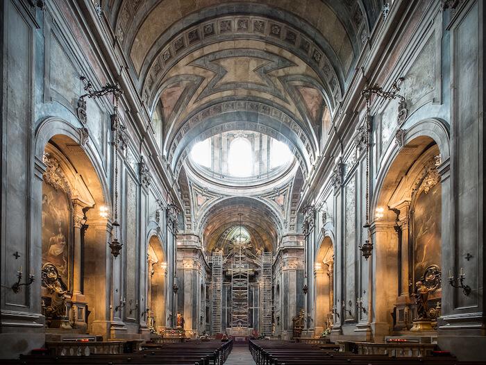 Interior da Basílica da Estrela em Lisboa