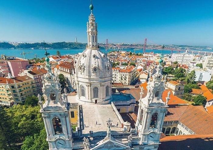 Vista de cima da Basílica da Estrela em Lisboa