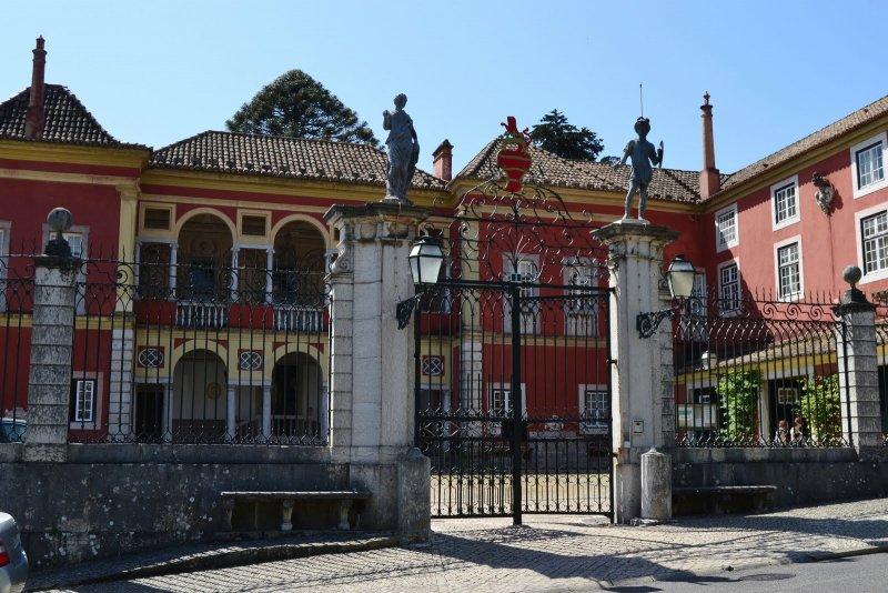 Entrada do Palácio dos Marqueses da Fronteira em Lisboa