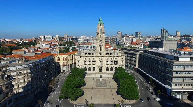 Câmara do Porto na Avenida dos Aliados