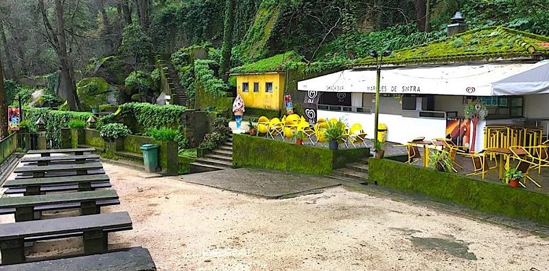 Lanchonete no Parque da Liberdade em Sintra