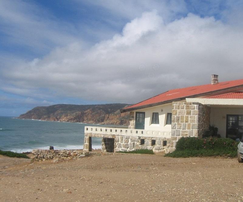 Restaurante na Praia do Abano em Sintra