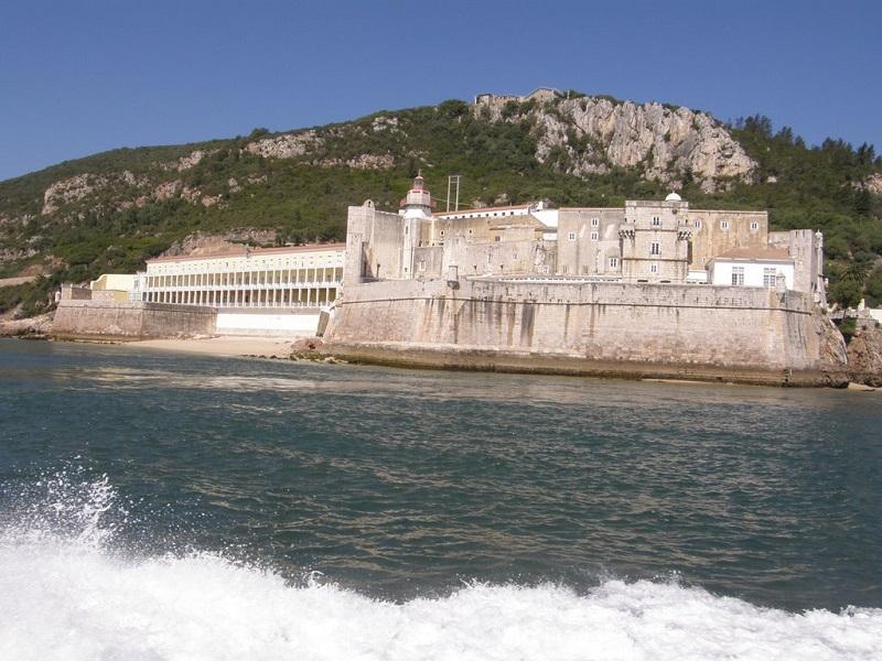 Forte de Santiago do Outão em Setúbal