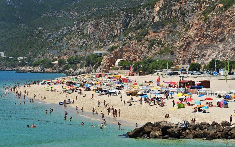 Praia da Figueirinha em Setúbal